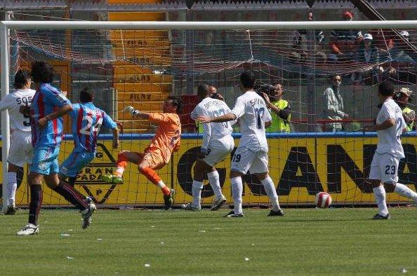 Catania napoli 3 0 il vero scopo della trasferta azzurra for Sono due in una partita di calcio