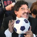 Maradona autografa i palloniMaradona autografa i palloni