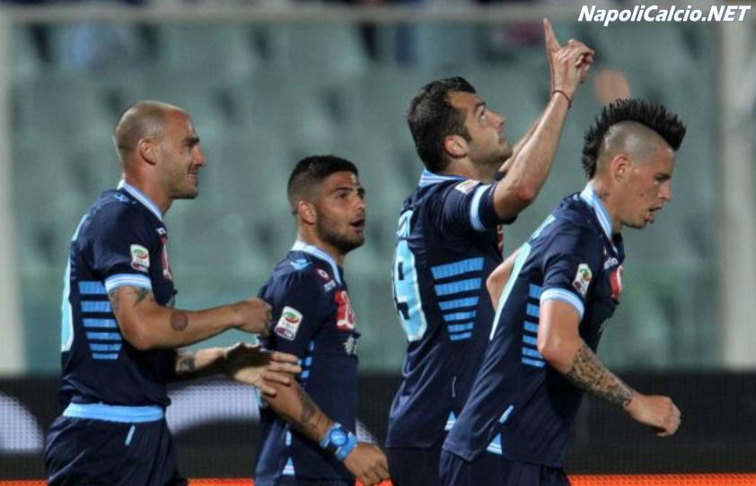 Pandev segna il secondo goal in Pescara-Napoli 0-3