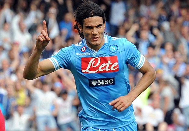 Cavani, resto al Napoli