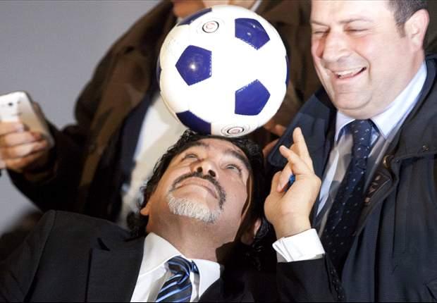 Festa Champions per il Napoli, i complimenti di Maradona