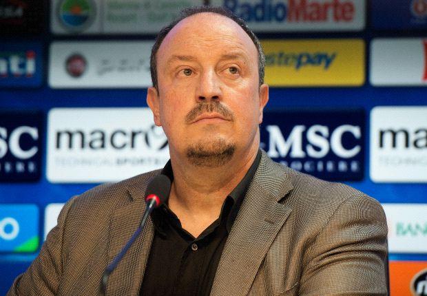 Benitez si presenta, Napoli intima, Fatti comprare chi ti pare, noi vogliamo vincere
