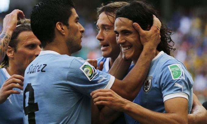 Napoli, il Chelsea non demorde e offre 50M per Cavani