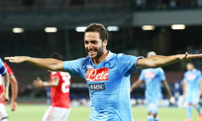 Higuain segna il suo primo goal nel Napoli