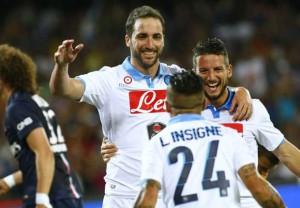 Higuain dopo il goal del temporaneo vantaggio Napoli