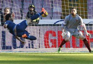 Napoli, il goal di Higuain alla Roma