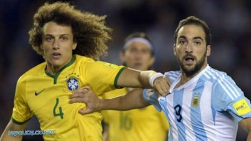 David Luiz e Gonzalo Higuain