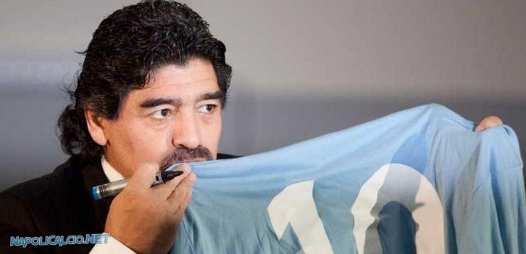 """Maradona: """"Ho incontrato De Laurentiis, primo passo"""" per futura collaborazione"""