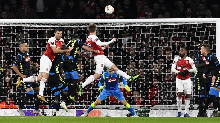 Arsenal-Napoli 2-0: gli azzurri si svegliano solo nel secondo tempo, adesso serve impresa al San Paolo - NAPOLI CALCIO