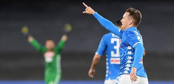 Napoli-Inter 4-1: azzurri danno spettacolo, nerazzurri umiliati, Champions a rischio