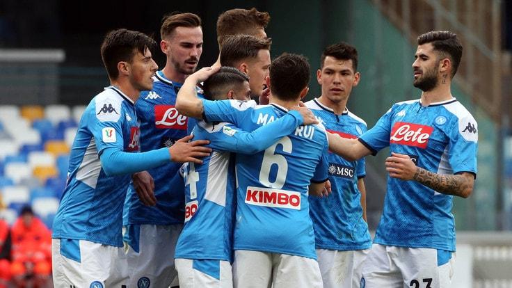Napoli-Perugia 2-0: vittoria di rigore, azzurri ai quarti ...